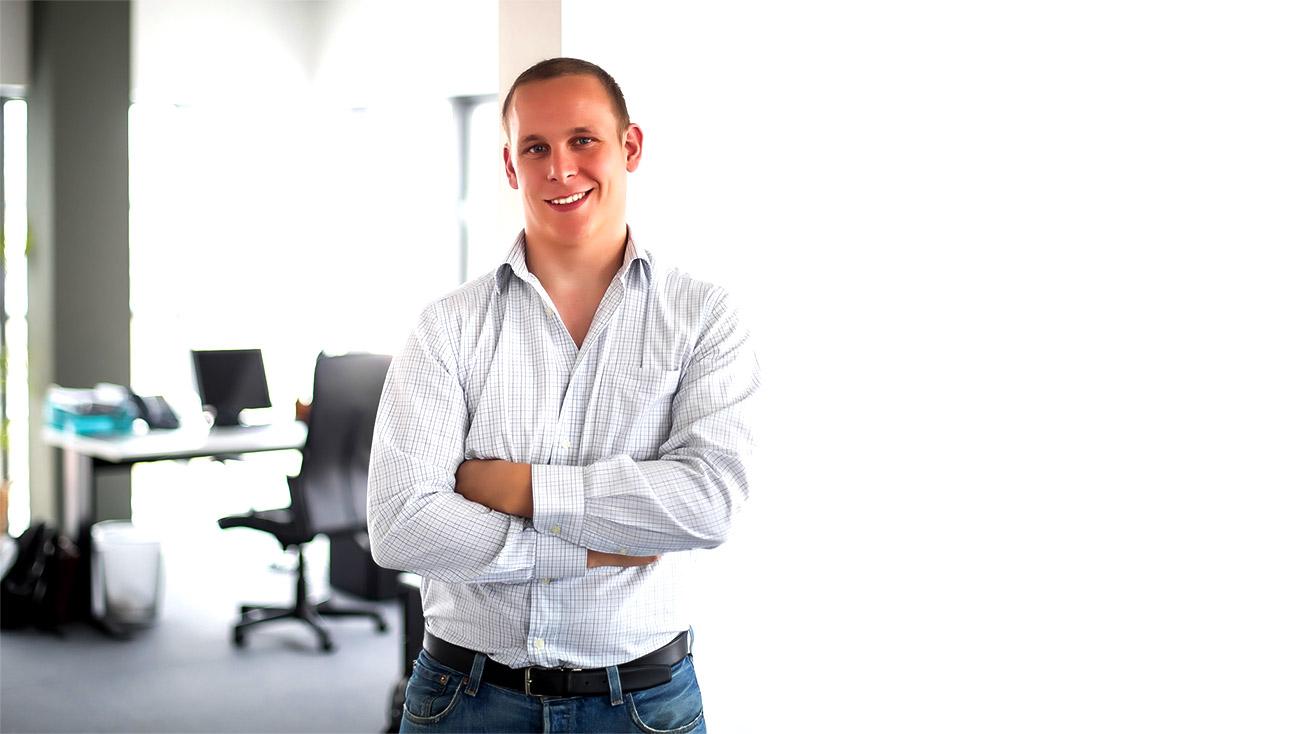 *Actualización de la nota* ACCIÓ acredita a Leonard Glab como asesor en marketing digital i ventas
